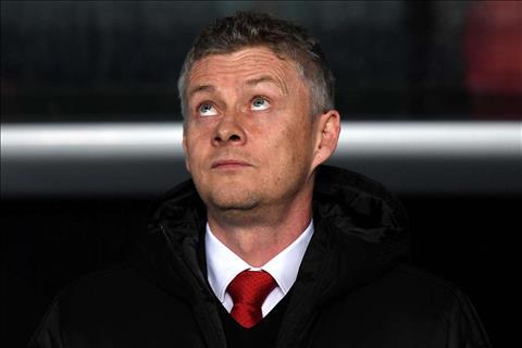 HLV Solskjaer chia se sau tran thua Arsenal
