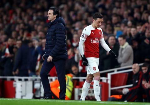 Ian Wright khen ngợi HLV Solskjaer sau trận thua Arsenal hình ảnh
