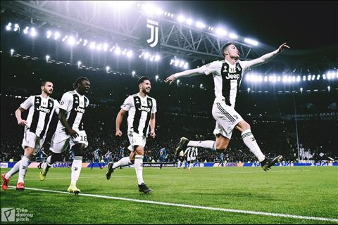 Ronaldo lập hattrick đưa Juve vào tứ kết Giấc mơ thực sự bắt đầu hình ảnh