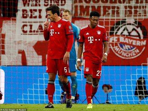 That bai cay dang cua Bayern khien Bundesliga sach bong o tu ket
