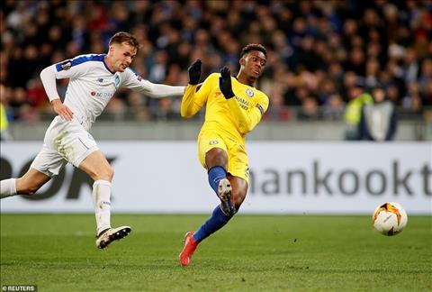 Sarri vừa đấm vừa xoa các học trò Chelsea sau đại thắng ở Kiev hình ảnh 2
