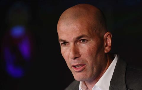 Zinedine Zidane trở lại Real Madrid dưới góc nhìn Enzo hình ảnh