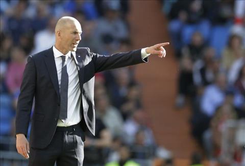 HLV Zidane phat bieu tran Real Madrid 2-0 Celta Vigo