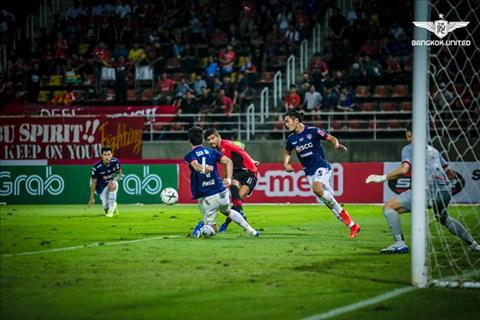 Van Lam khong the cuu Muangthong khoi tran thua thu 2 lien tiep trong mua giai moi. Anh: Bangkok United.