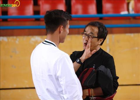 HLV Lee Young Jin se dan dat DT U22 Viet Nam du SEA Games 30 thay vi tiep tuc dam nhiem vai tro tro ly cho HLV Park Hang Seo tai DTQG.