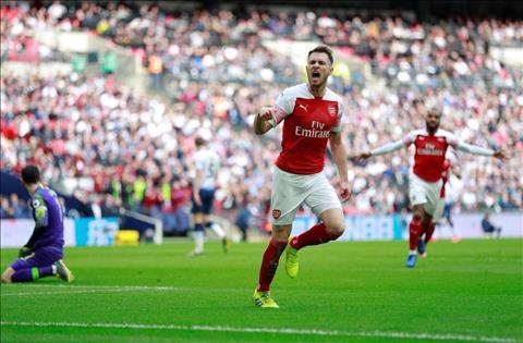 Huyền thoại vui mừng khi Ramsey rời Arsenal, gia nhập Juventus hình ảnh