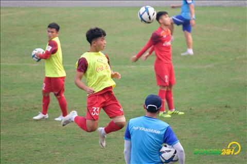 Danh Trung chia sẻ về bản thân sau vòng loại U23 châu Á hình ảnh