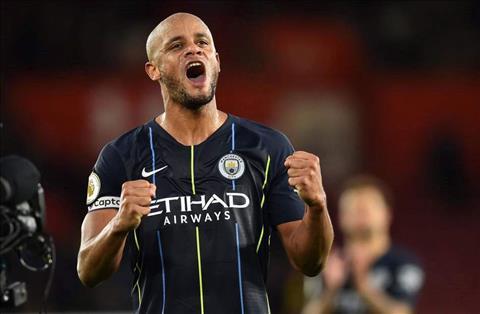 Man City đàm phán gia hạn hợp đồng với Vincent Kompany hình ảnh