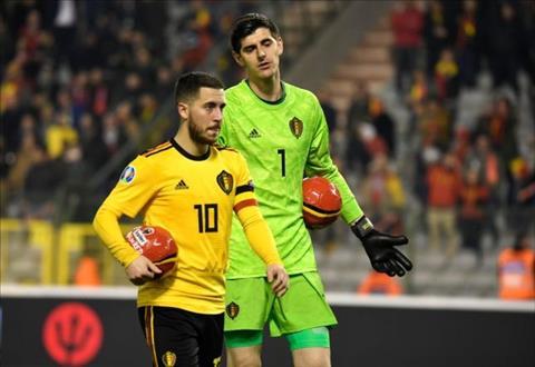 Hazard chỉ trích Courtois sai lầm trận Bỉ 3-1 Nga hình ảnh