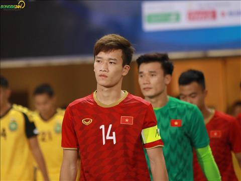 Voi viec Quang Hai ngoi du bi, Hoang Duc duoc trao bang thu quan trong tran gap U23 Brunei.