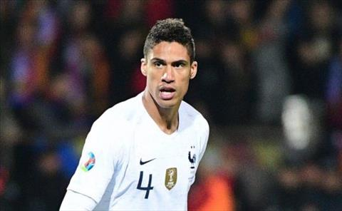 Varane noi ve tin don sap toi MU