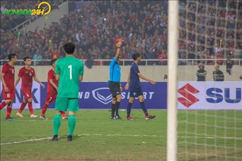 Cầu thủ Thái Lan đấm Đình Trọng bị treo giò hai trận hình ảnh