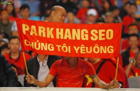 Mot so CDV cang nhung bang ron an tuong bay to tinh cam voi HLV Park Hang Seo.
