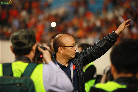 Bóng đá Việt Nam: Trưởng thành từ sự không hài lòng và nỗi đau