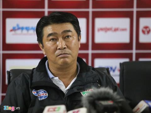 HLV Tran Minh Chien la nguoi dau tien nghi viec tai V.League 2019. Anh: Zing.vn