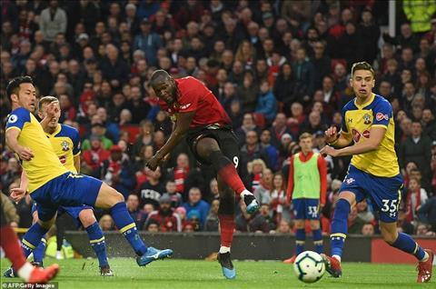 M.U vs Southampton Lukaku toa sang