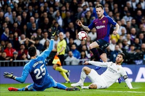 Real tiếp tục thua Barca Bóng ma kẻ 'đứng núi này, trông núi nọ' ùa về… hình ảnh 2