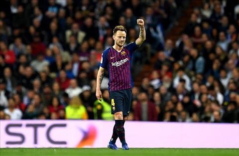 Barca phải sớm đưa ra quyết định về tương lai Ivan Rakitic hình ảnh