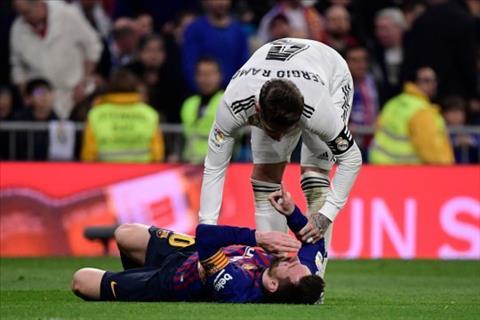 Sergio Ramos nói về pha va chạm với Messi hình ảnh