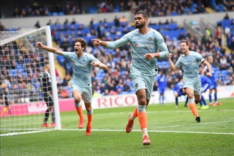 Ban thang muon cua Ruben Loftus-Cheek giup Chelsea danh bai Cardiff 2-1