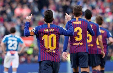 Messi toa sang o tran Barca 2-0 Espanyol