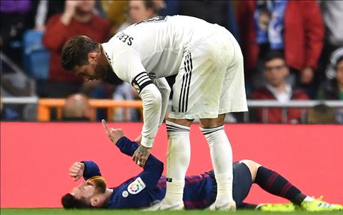 Ramos co tinh choi xau Messi