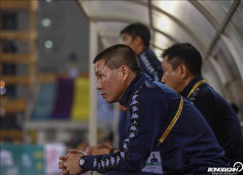 HLV Chu Đình Nghiêm phàn nàn trọng tài lạm dụng thẻ  hình ảnh