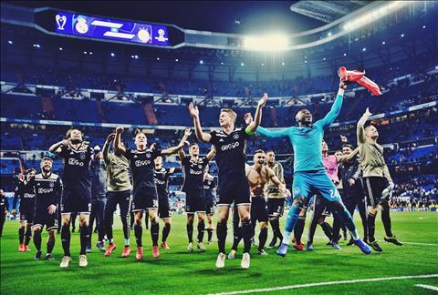 Ajax Amsterdam Nơi chắp cánh những ước mơ hình ảnh