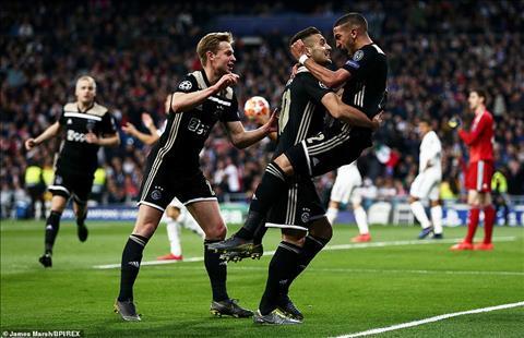 Real Madrid 1-4 (3-5) Ajax Đại địa chấn tại Bernabeu, Los Blancos trở thành cựu vương cực khó tin hình ảnh 2