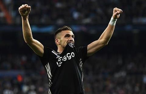 Real vs Ajax Tadic toa sang