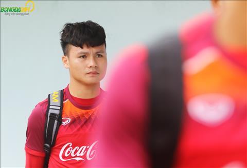 Theo HLV Chu Dinh Nghiem cho biet, Quang Hai va 6 cau thu Ha Noi khac len tuyen U23 Viet Nam vao ngay 7/3, den toi 8/3 se tro lai CLB de chuan bi cho tran dau san khach voi Tampines Rovers.