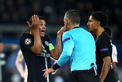 PSG tiep tuc dung buoc som o Champions League