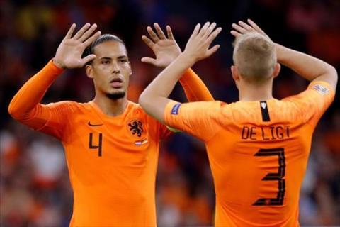 Nóng Matthijs de Ligt tới Liverpool ở Hè 2019 hình ảnh