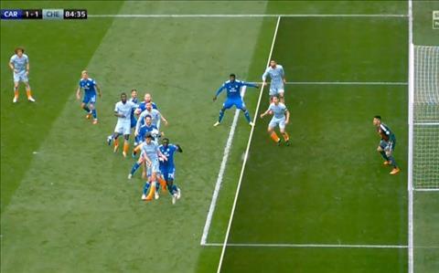 Chelsea vs Cardiff Azpilicueta viet vi