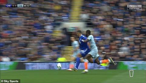 Graeme Souness Chelsea thắng Cardiff nhờ trọng tài hình ảnh