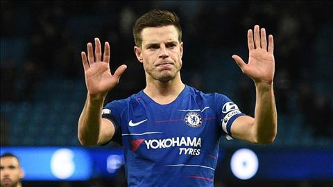 Azpilicueta nói gì khi Chelsea bắt đầu bị CĐV la ó hình ảnh