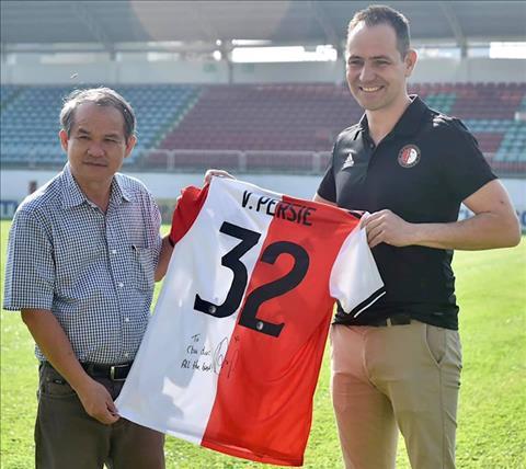 HAGL hợp tác với Feyenoord Phải chăng JMG đã lỗi thời hình ảnh