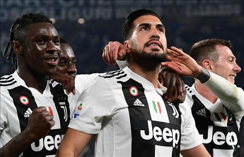 Emre Can so sánh Liverpool và Juventus trong các buổi tập hình ảnh