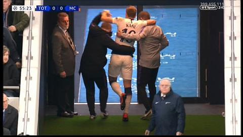 Harry Kane dính chấn thương sau chiến thắng trước Man City hình ảnh 2