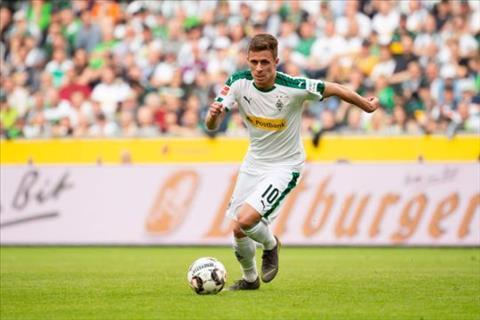 Thorgan Hazard muốn tới Dortmund hơn là Liverpool hình ảnh 2