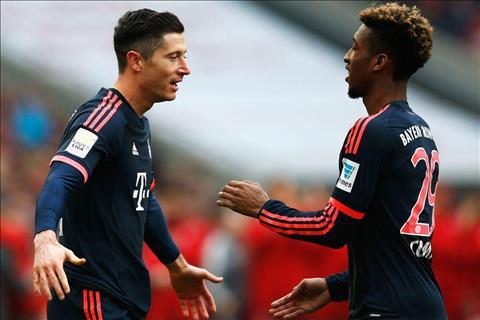 Lewandowski và Coman đánh nhau trong buổi tập của Bayern Munich hình ảnh