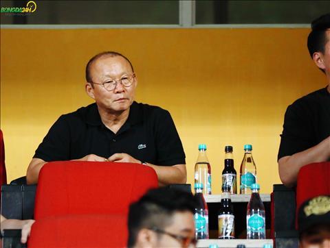 HLV Park Hang Seo tiếp tục vi hành tại V-League hình ảnh