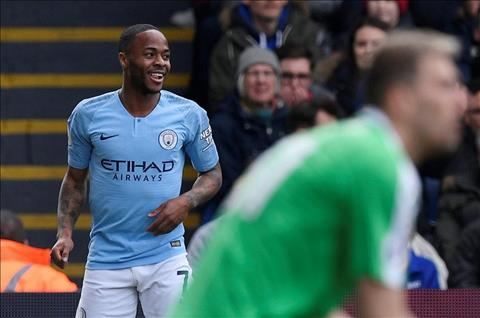 Sterling lap cu dup cho Man City truoc Palace