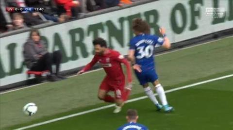 MXH dậy sóng với màn ăn vạ của Mohamed Salah hình ảnh