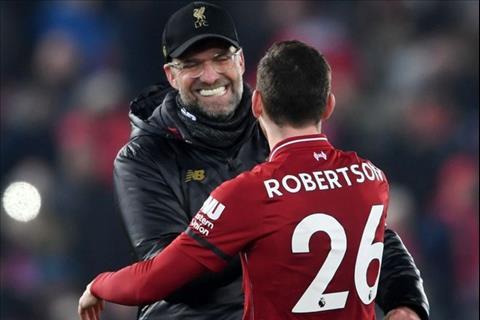 Robertson trượt chân, Klopp cười xoà hình ảnh
