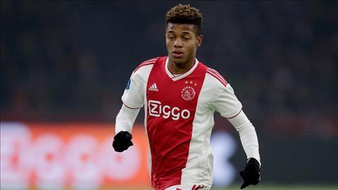 Chi 50 triệu euro, PSG muốn mua David Neres của Ajax ở Hè 2019 hình ảnh