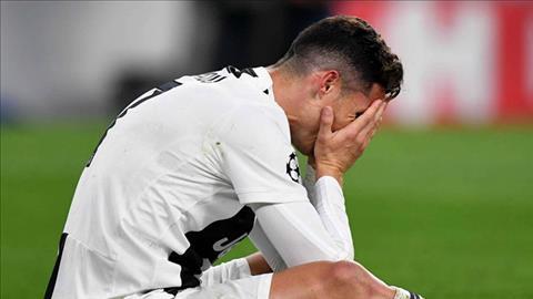 Ngôi sao Ronaldo bị chỉ trích sau trận Juventus 1-2 Ajax hình ảnh