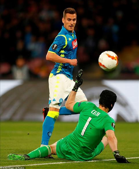 Napoli 0-1 (0-3) Arsenal Thắng nhẹ, Pháo thủ hùng dũng vào bán kết Europa League hình ảnh 3