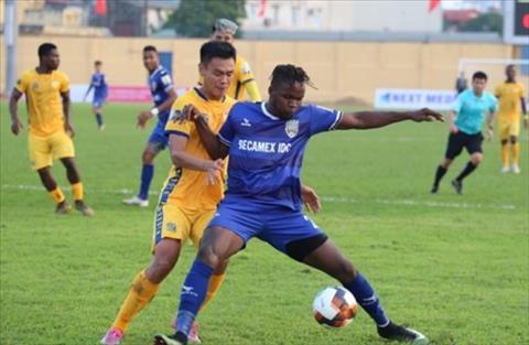 Victor Mansaray chia sẻ về bóng đá Việt Nam hình ảnh