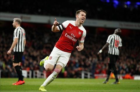 Arsenal 2-0 Newcastle Những cái lý của gã thợ hàn Emery hình ảnh 2